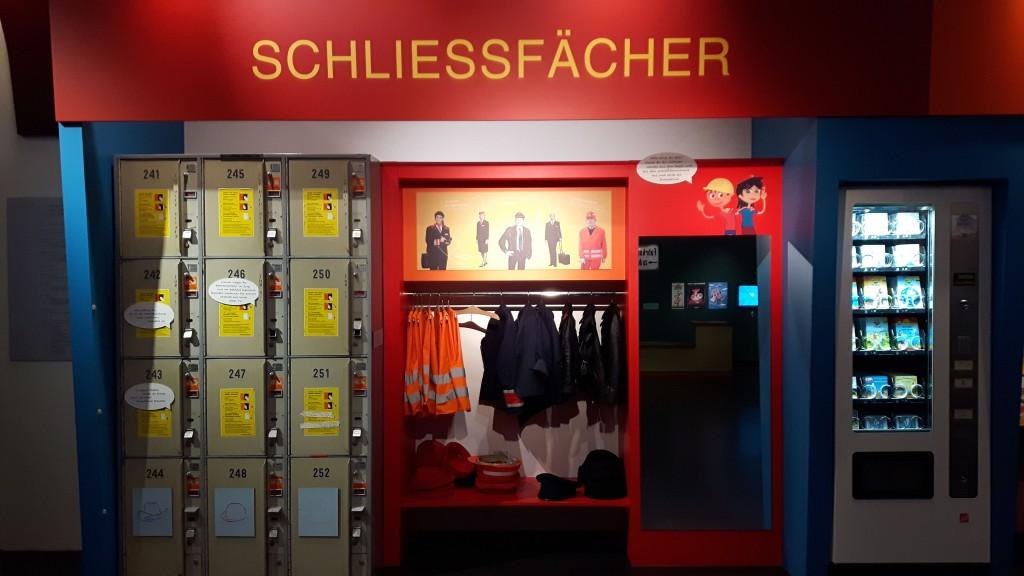 Deutsche Bahn Museum Nürnberg, Ausflug Franken, Familienausflug, Eisengbahn, Züge, Kinderland, Kibala. Schließfach, Pixibuchautomat