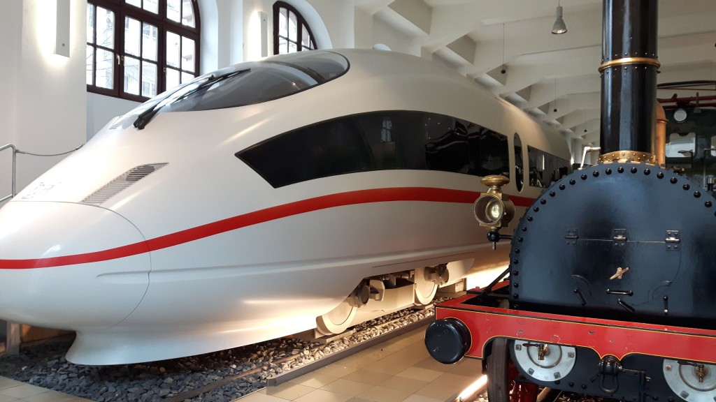 Deutsche Bahn Museum Nürnberg, Ausflug Franken, Familienausflug, Eisengbahn, Züge, ICE, Adler