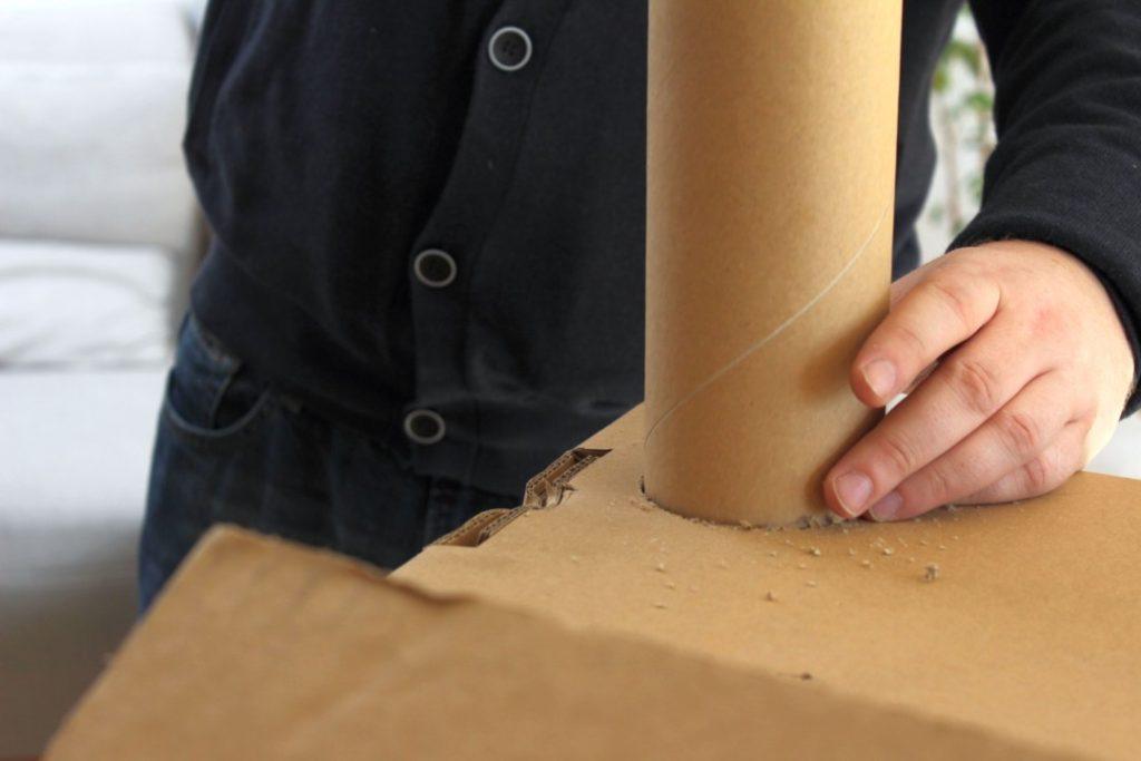 Wir bauen ein Kartonhaus - Kinderhaus (5)