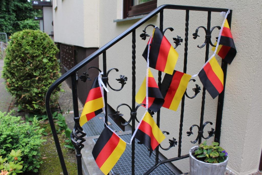 Fußball-EM-2016_Hausdekoration_Deutschland (5)