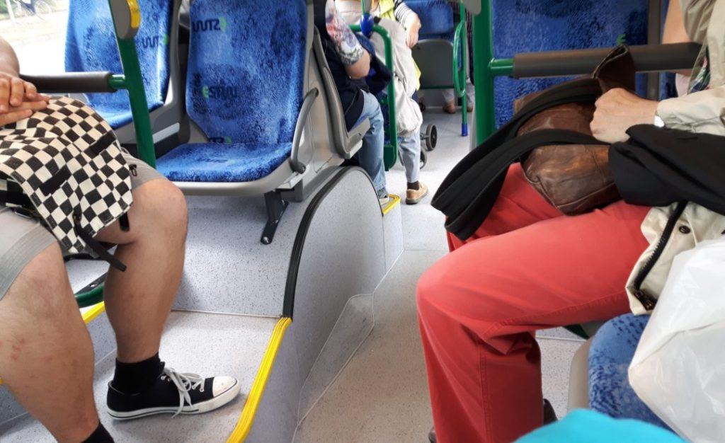 12in12 - Familienalltag - Busfahrt