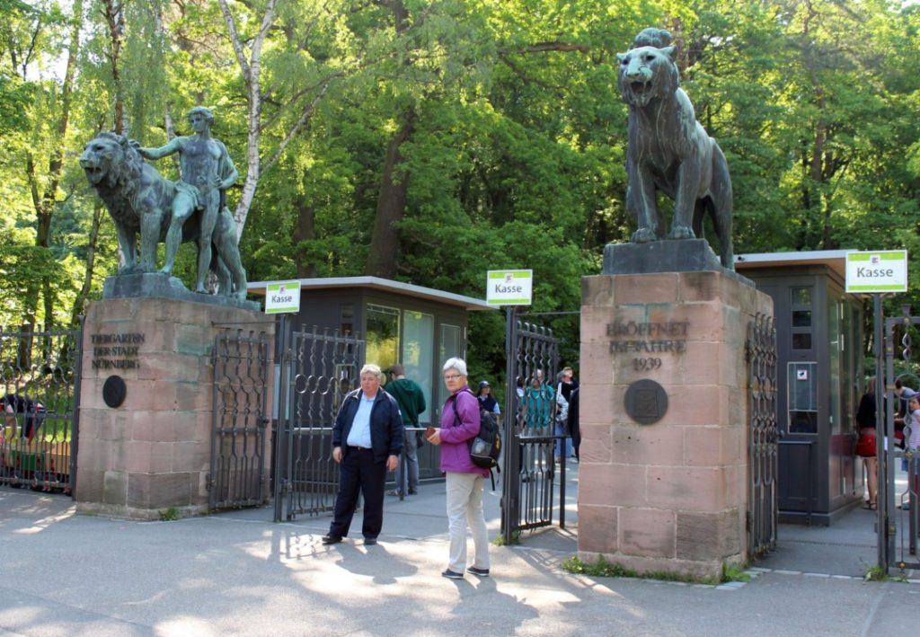 Tiergarten Nürnberg - Familienausflug - Eingang