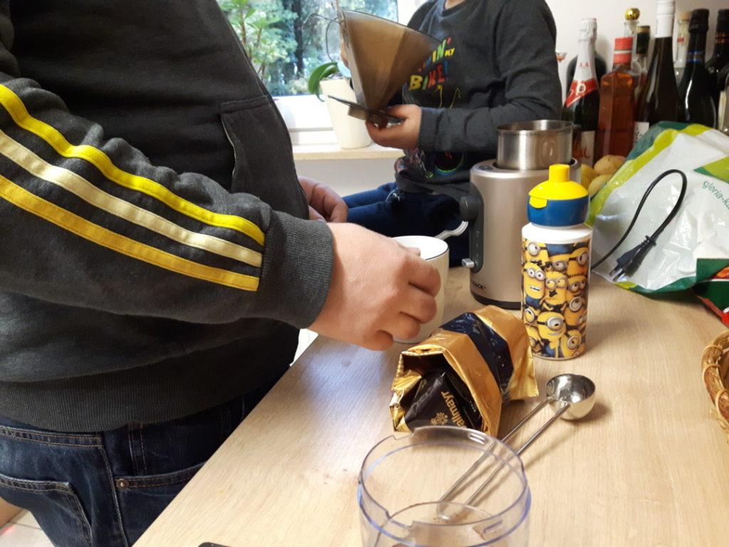 12von12-november-2-kaffee-kochen