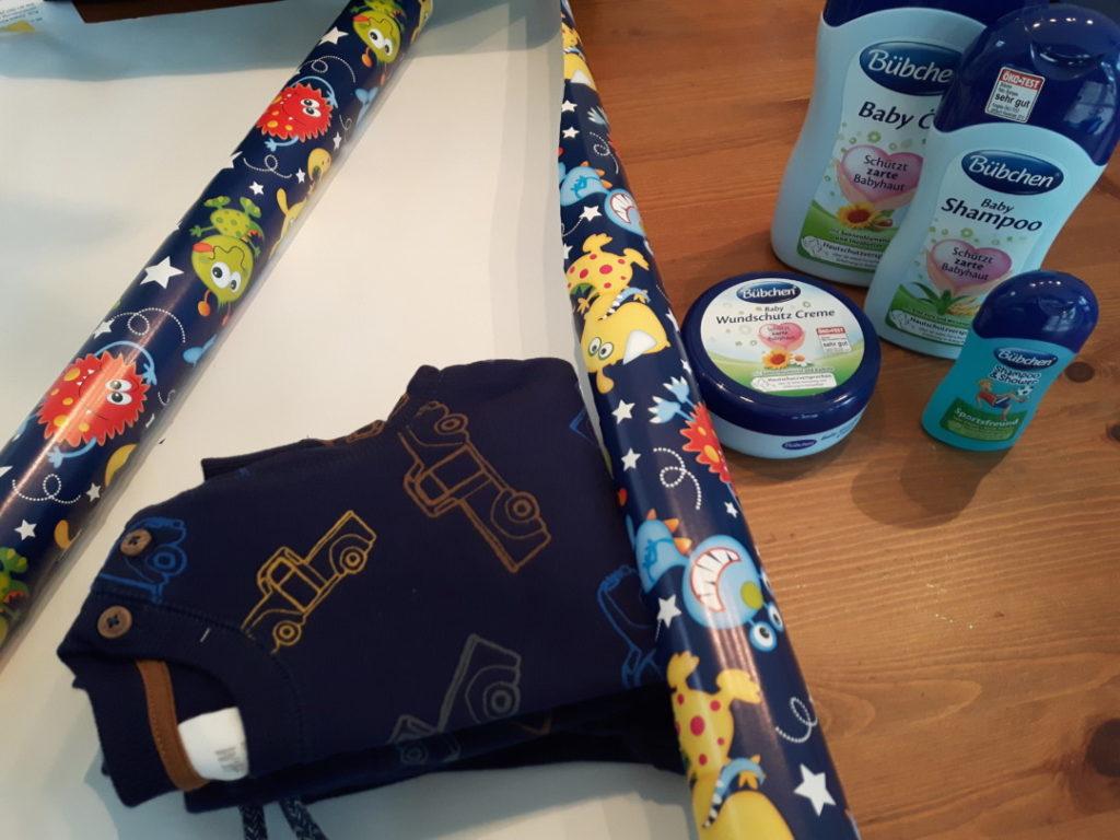 12von12-november-4-geschenk-einpacken