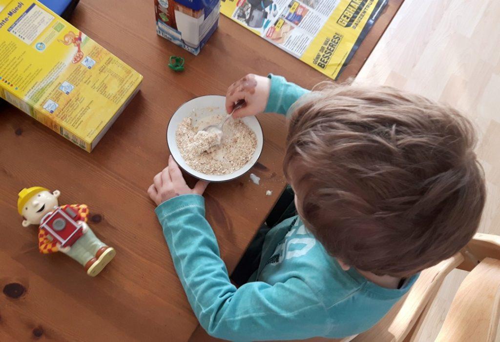 12von12 - März - 2 - Müsli Frühstück