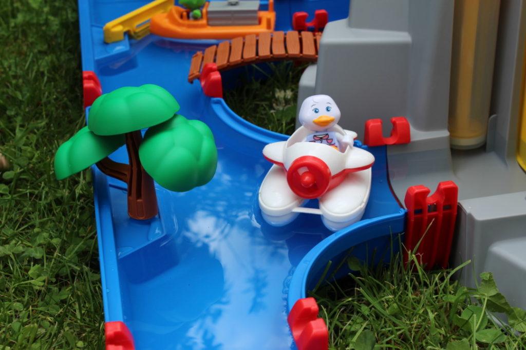 AquaPlay Mountain Lake - Wasserbahn - Wasserspielbahn Garten (5)
