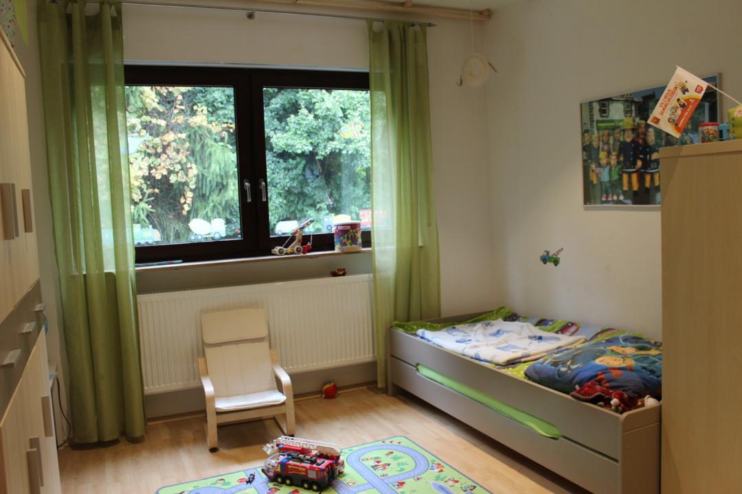 Neues kinderzimmer 1 juniors zimmer aktuell mama geht for Das kinderzimmer munchen