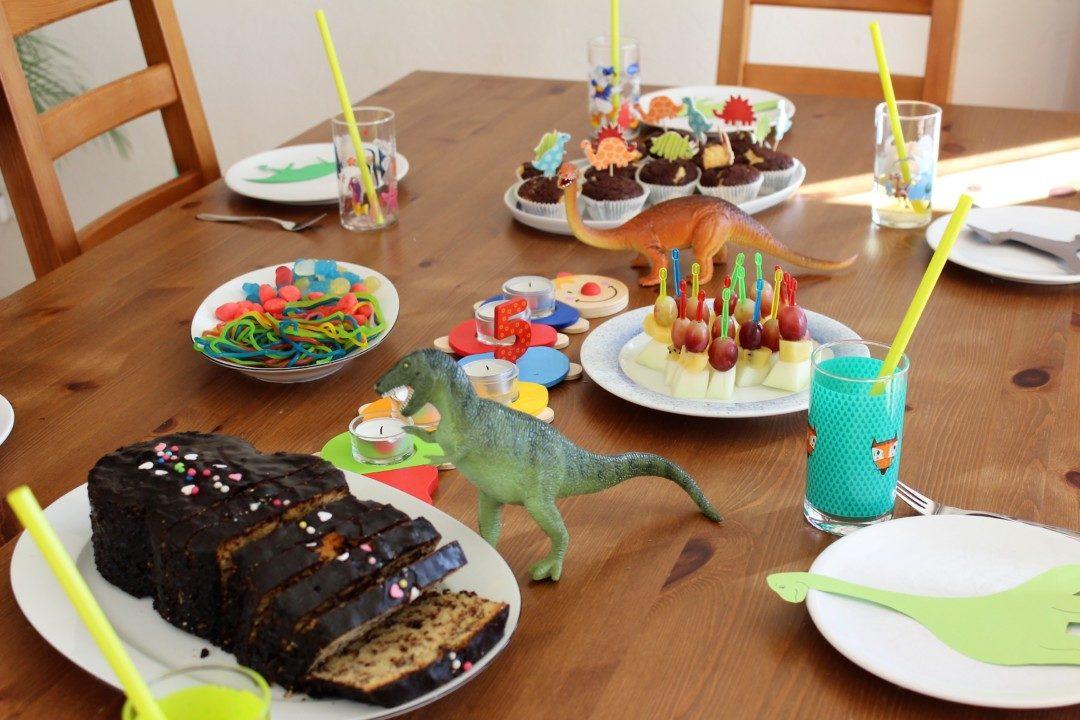 Unsere Dinosaurier Geburtstagsparty Zum 5 Geburtstag Mama Geht Online
