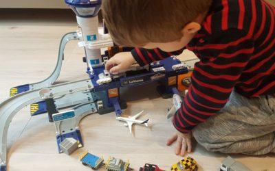 Urlaub im Kinderzimmer – Der Creatix Lufthansa Flughafen von Majorette